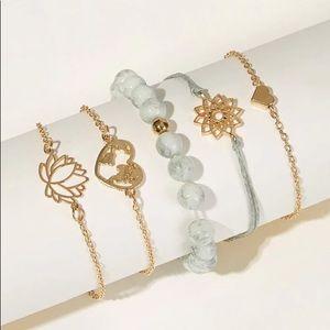 🖤GOLDTONE Bracelet Set